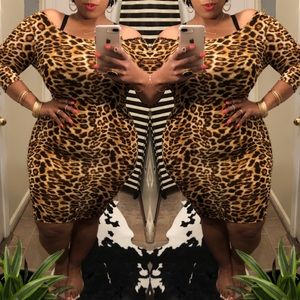 Dresses & Skirts - Animal Print Bodycon